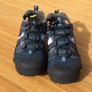 e15e55f3dee0 Keen Shoes - Keen Women s Commuter IV Sandal Shoe Size 9 NEW
